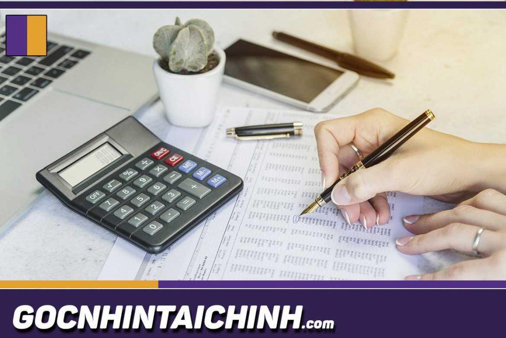 Kinh nghiệm thanh toán để không bị phí phạt trả chậm FE Credit.