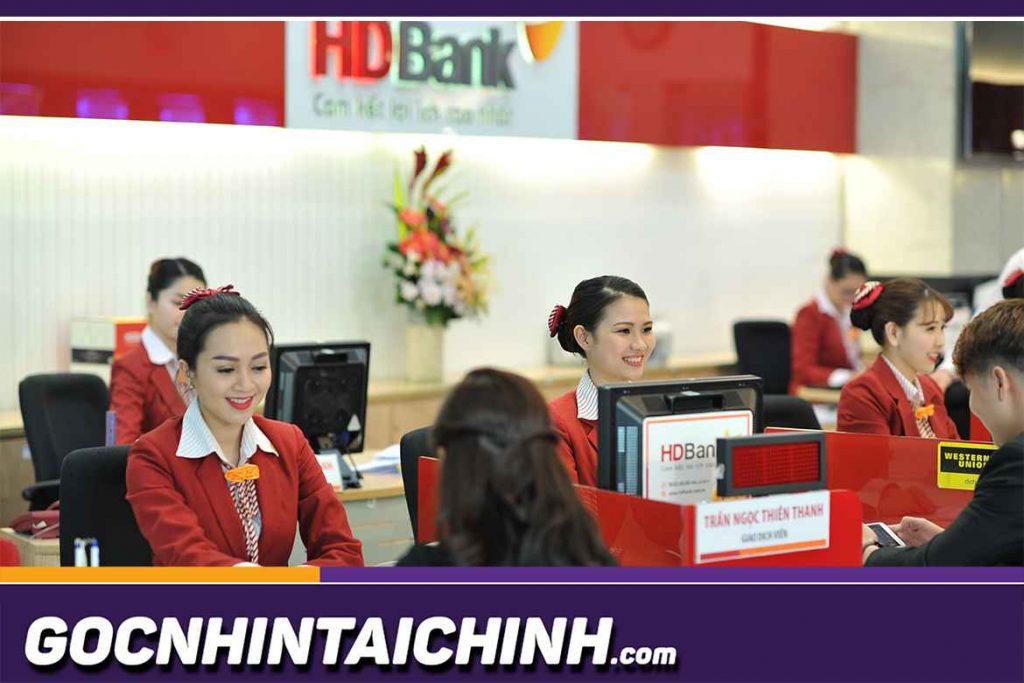 Để hỗ trợ người dùng tiện lợi trong quá trình thao tác, HDBank cung cấp khá nhiều phương thức tra cứu số dư