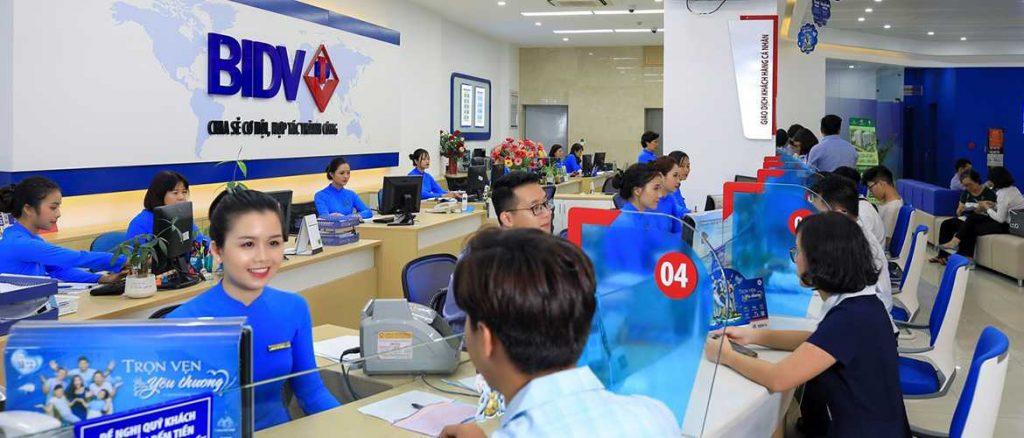 Thanh toán tại ATM/ phòng giao dịch.