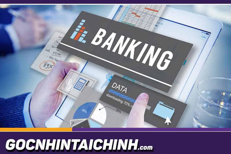 Thẻ ATM bị khóa có chuyển tiền được không?